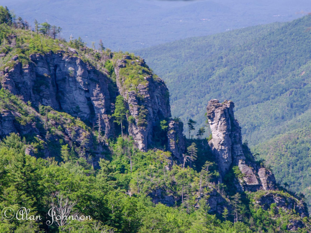 """""""The Camel"""" in Linville Gorge. (Photo: Alan Johnson)"""