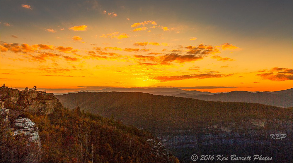 Sunset over Linville Gorge from the Chimneys. (Photo: Ken Barrett)