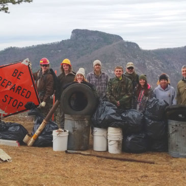 Volunteers Remove Trash from Wiseman's View